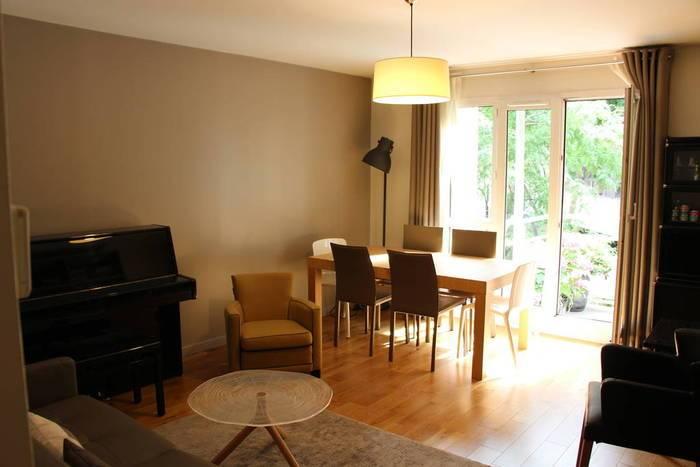 vente appartement 4 pi ces 86 m rueil malmaison 92500. Black Bedroom Furniture Sets. Home Design Ideas