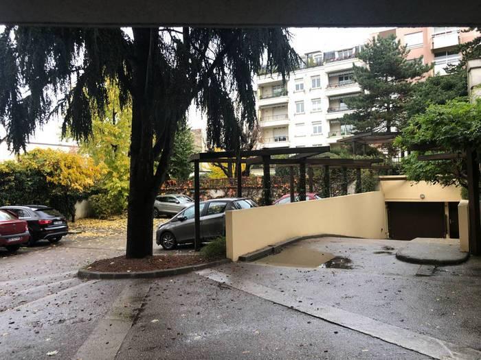 Location Garage, parking Issy-Les-Moulineaux (92130)