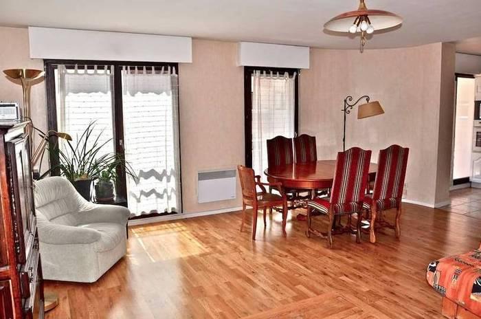vente appartement 4 pi ces 103 m annecy 74000 103 m. Black Bedroom Furniture Sets. Home Design Ideas