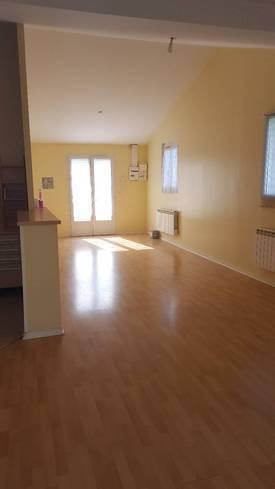 Location appartement 2pièces 61m² Brie-Comte-Robert (77170) - 730€
