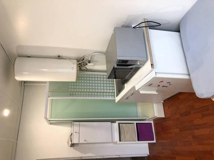 location meubl e chambre 13 m paris 8e 13 m 440 de particulier particulier pap. Black Bedroom Furniture Sets. Home Design Ideas