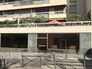 Bureaux, local professionnel Paris 12E - 71m² - 2.350€