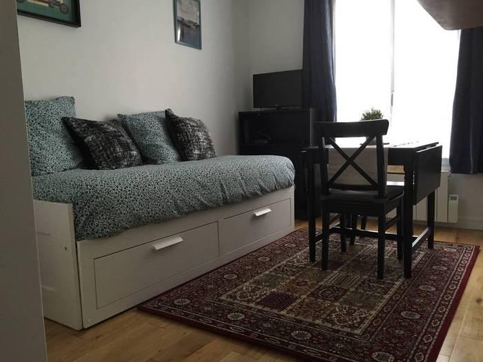 Location meubl e studio 15 m paris 6e 15 m 960 de particulier particulier pap - Location meublee paris 15 ...
