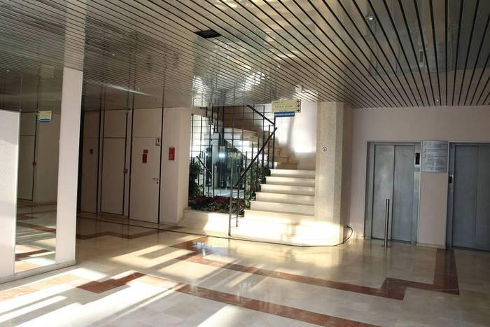 Vente et location Bureaux, local professionnel Rosny-Sous-Bois (93110) 326m² 2.000€