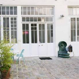 Location bureaux et locaux professionnels 120m² Paris 11E - 290€
