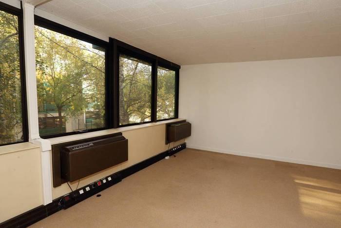 Immobilier Rosny-Sous-Bois (93110) 2.000€ 326m²