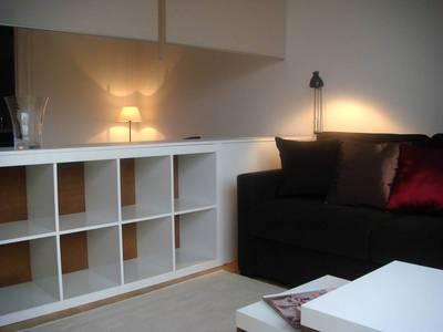 Location meublée studio 41m² Paris 15E - 1.500€