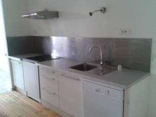 Location appartement 4pièces 110m² Sommieres (30250) - 800€