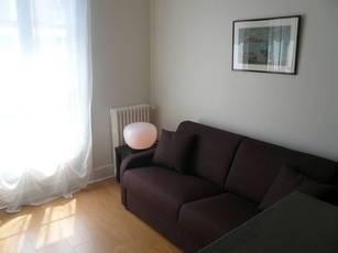 Location meublée studio 17m² Paris 12E - 870€