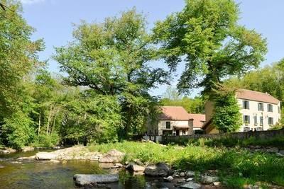 Vente fonds de commerce Alimentaire Vezelay (89450) - 1.720.000€