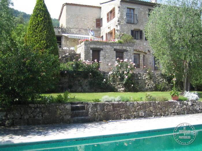 Location maison 9 pièces Le Rouret (06650)