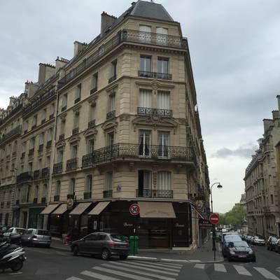 Location meublée studio 15m² Paris 16E - 800€