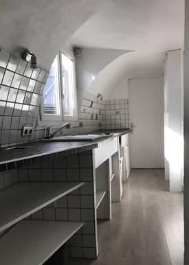 Location appartement 3pièces 45m² Paris 2E - 1.360€
