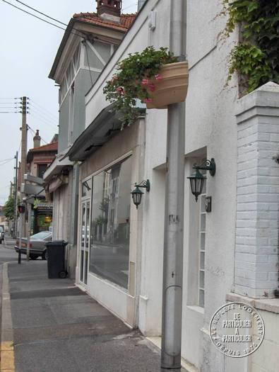 Bureaux, local professionnel 1.200€ 96m² Villemomble (93250)