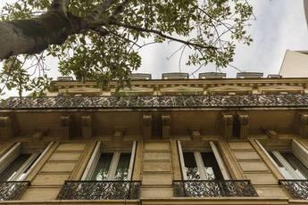 Location appartement 4pièces 81m² Paris 11E - 2.350€