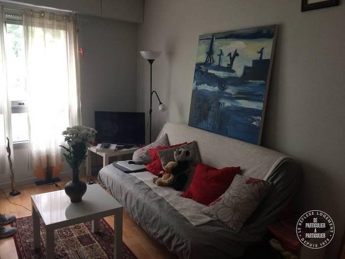 Location appartement studio Paris 15e