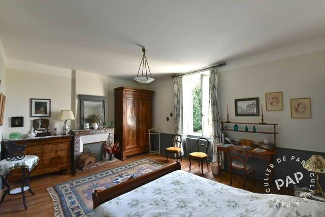 Maison 540.000€ 385m² Saintes