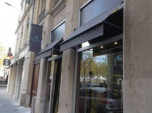 Location ou cession local commercial 85 m² Lyon 6E - 950 €