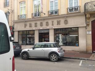 Fonds de commerce Services, Divers Saint-Germain-En-Laye (78100) - 180.000€