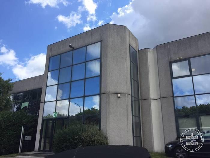 Vente et location Local d'activité Vitry-Sur-Seine (94400) 190m² 2.612€