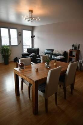 Vente appartement 4pièces 77m² Dammarie-Les-Lys (77190) - 155.000€