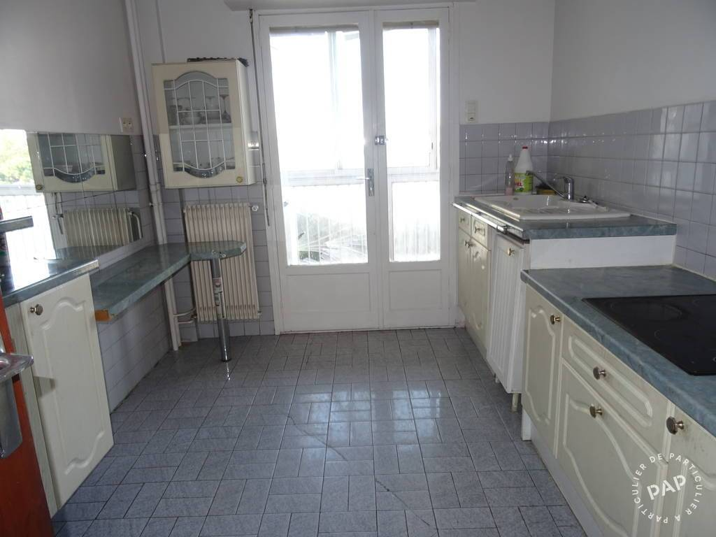 Location immobilier 870 € Toulon
