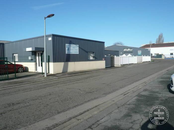 Vente et location Local d'activité Gaillon-Sur-Montcient (78250) 780m² 6.316€