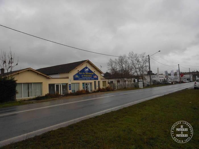 Vente et location Local commercial Velines (24230)  168.000€