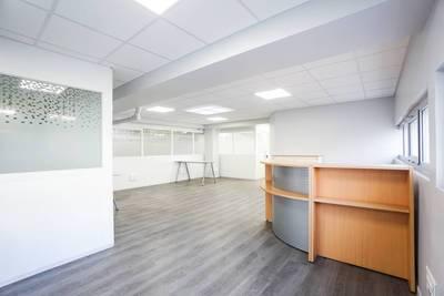 Location bureaux et locaux professionnels 410m² Courbevoie (92400) - 8.500€