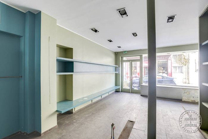 Local commercial 92m²