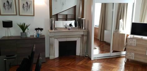 Location meublée studio 34m² Paris 1Er - 1.390€