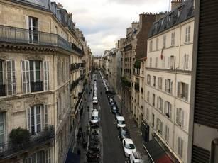Location appartement 5pièces 129m² Paris 9E - 3.000€