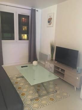 Location meublée studio 21m² Courbevoie (92400) - 880€