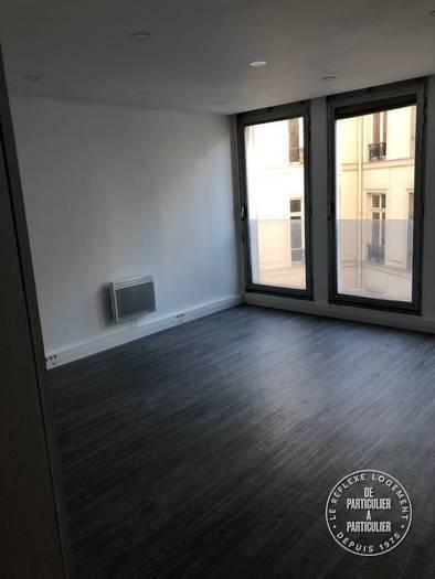 Vente et location Bureaux, local professionnel Paris 8E 40m² 3.000€