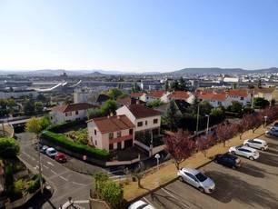 Vente appartement 3pièces 58m² Clermont-Ferrand - 79.000€