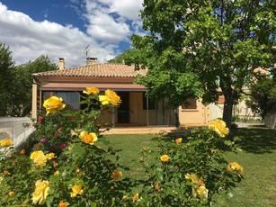 Vente maison 106m² Villars (84400) - 280.000€
