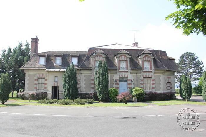 Vente et location Local d'activité Carrieres-Sous-Poissy (78955) 189m² 3.600€