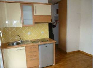 Location studio 17 m² Villejuif (94800) - 675 €