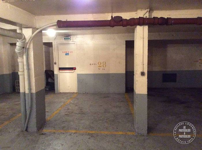 Vente Garage, parking Paris 16E  20.000€