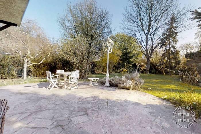 vente maison 158 m noisy le grand 93160 158 m 790. Black Bedroom Furniture Sets. Home Design Ideas