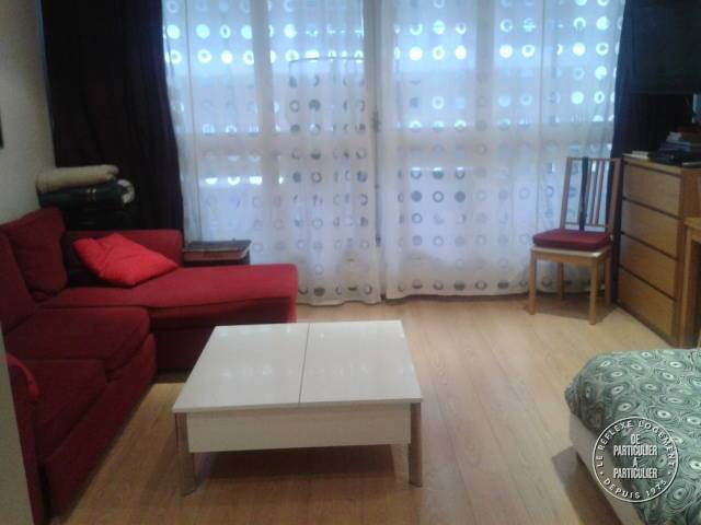 Appartement Paris 15E 920 €