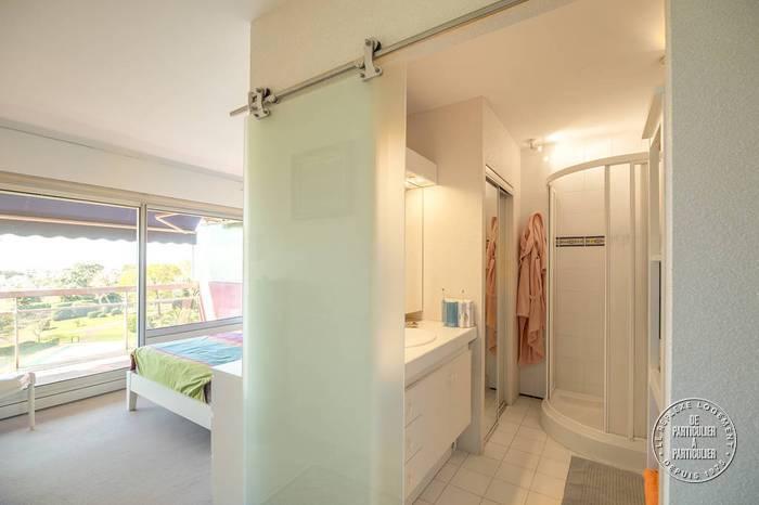 biarritz pyr n es atlantiques 64 78 m. Black Bedroom Furniture Sets. Home Design Ideas