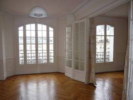 Location appartement 4pièces 95m² Paris 15E - 2.515€