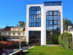 Bureaux, local professionnel Nanterre (92000) - 140m² - 2.450€