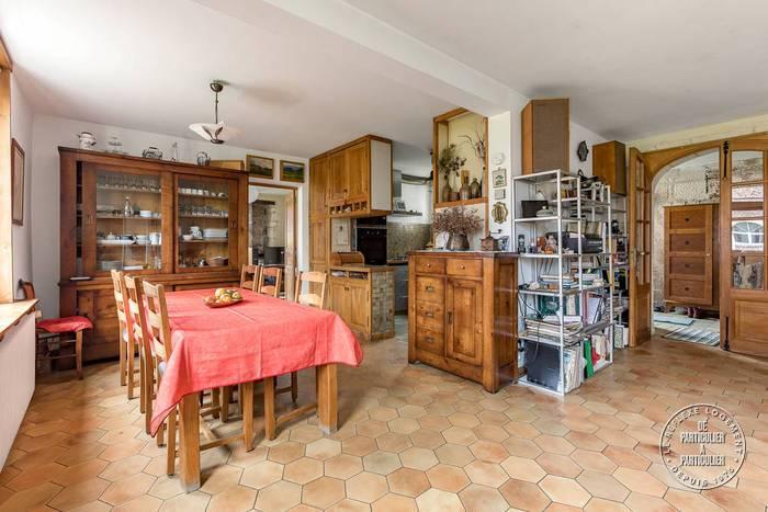 Maison Francieres (60190) 375.000€