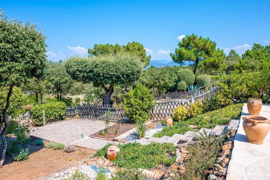 Maison Roquebrune-Sur-Argens (83) 363.000€