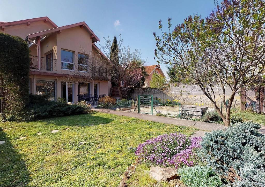 Vente Maison Bron (69500) 233m² 840.000€