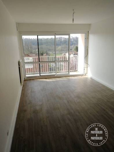 Location immobilier 930 € Saintry-Sur-Seine (91250)