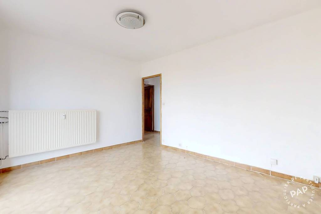 Appartement 195.000€ 77m² Saint-Raphael (83)