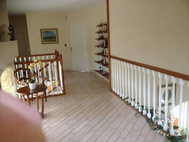 Immobilier Saintes 370.000€ 210m²
